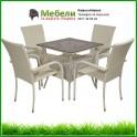 Бяли градински столове и маса